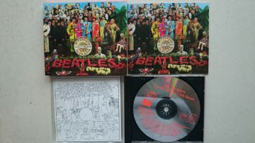 The Beatles Sgt Peppers Lonely Hearts Club Band  (Original 1992 CD Release)